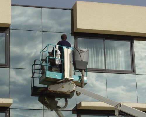 Spécialiste nettoyage de vitres
